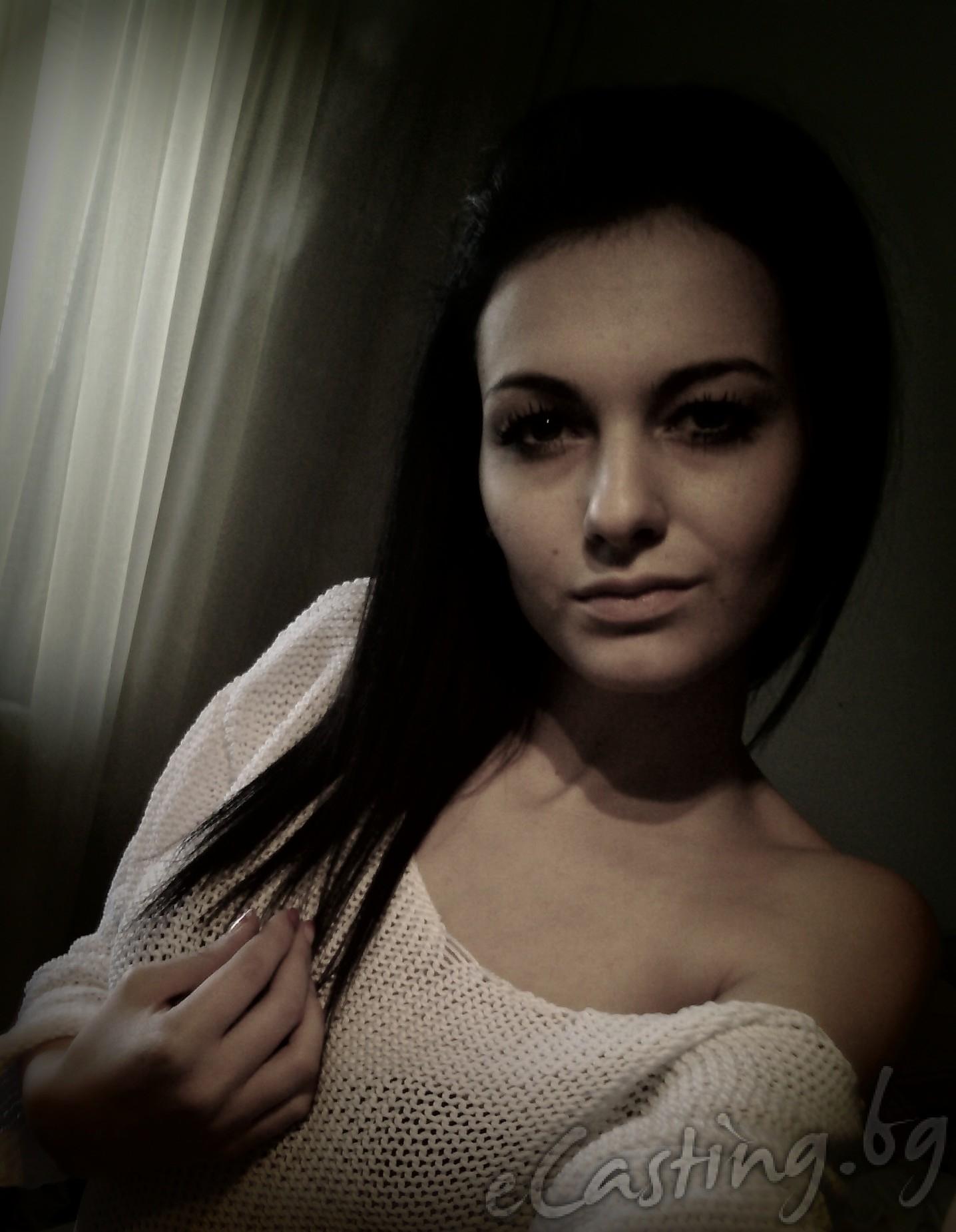 Лора Минчева