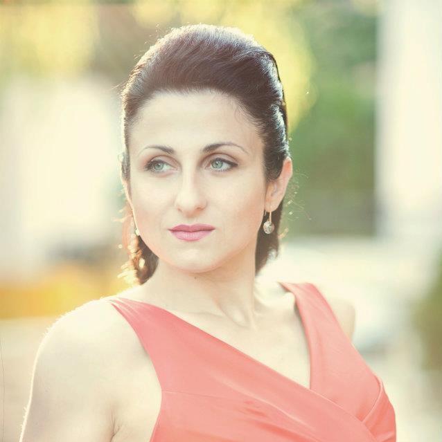 Илияна Стоянова