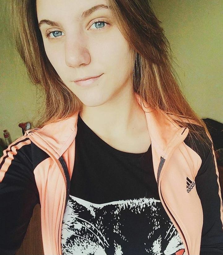 Анна Денкова