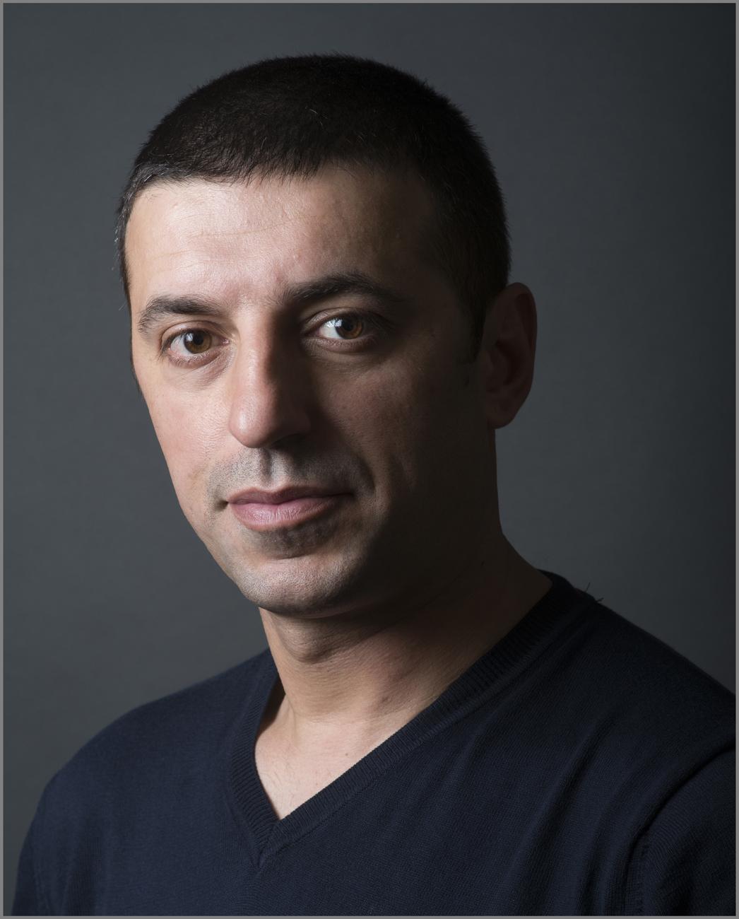 Любен Попов